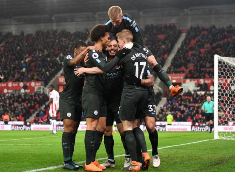 Man City nhẹ nhàng vượt qua Stoke.