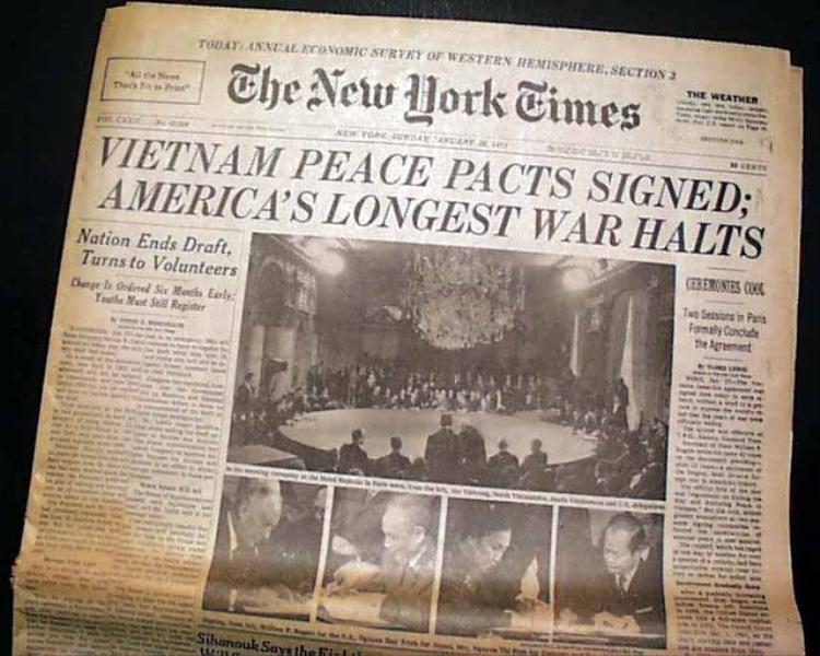 Báo chí khắp thế giới đưa tin về việc kí kết Hiệp định Paris, thông báo rằng sẽ kết thúc chiến tranh, lặp lại hòa bình ở Việt Nam.