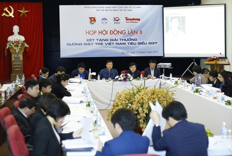 Hội đồng xét chọn đã bỏ phiếu, bầu 10 Gương mặt trẻ Việt Nam tiêu biểu, 10 Gương mặt trẻ Việt Nam triển vọng năm 2017