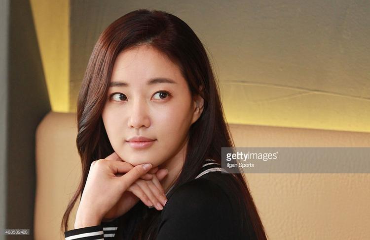 """""""Ngọc nữ"""" Kim Sa Rang đoạtđược danh hiệu Hoa hậu Hàn Quốc năm 2000, ngay sau đó cô bắt đầu sự nghiệp diễn viên"""