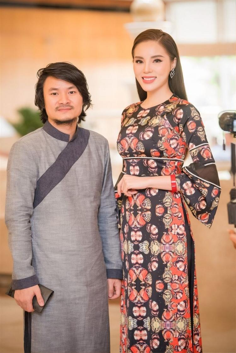 Kỳ Duyên và Tổng đạo diễn của cuộc thi Hoa hậu Việt Nam 2018 Hoàng Nhật Nam.
