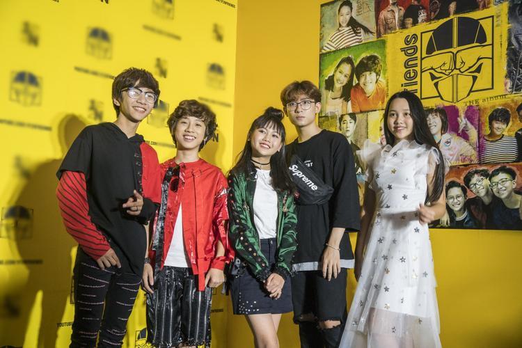Các ca sĩ nhí - nhân vật chính của buổi ra mắt album.