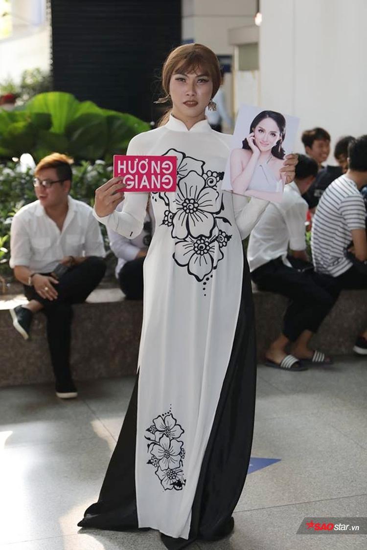 Fan cứng ấp ủ ước mơ chuyển giới, hứa ủng hộ hoa hậu Hương Giang ở mọi vai trò