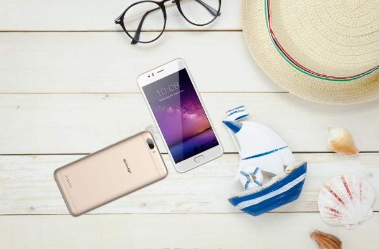 Sharp giới thiệu smartphone có camera kép giá 2,99 triệu đồng tại Việt Nam