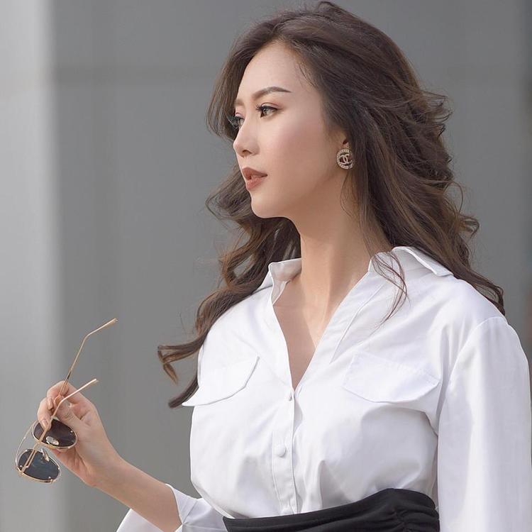 Đôi môi mỏng xinh xinh của Châm lúc tham gia chương trình The Look 2017.