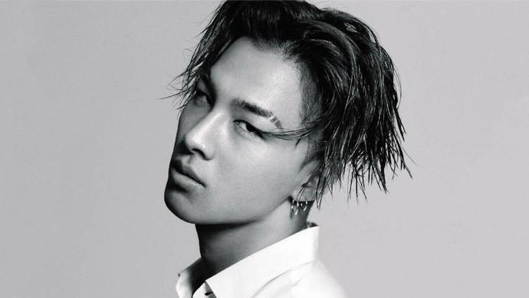 Đứng thứ 3 là Taeyang.