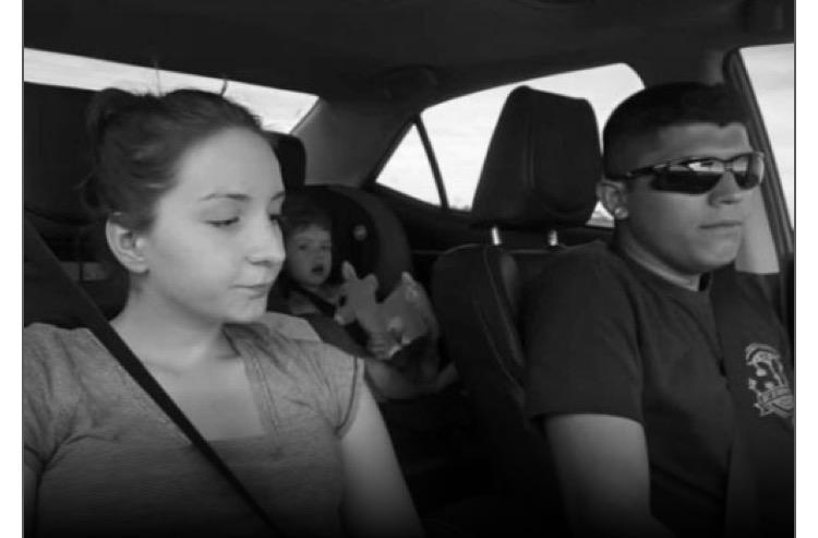 Cặp đôi thường xuyên quay các clip về cuộc sống hằng ngày cũng như những pha mạo hiểm hiếm có. Ảnh: asiaone.com