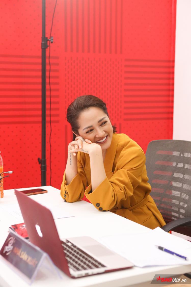 Bảo Anh xúc động khi nghe thí sinh hát ca khúc của Trần Lập