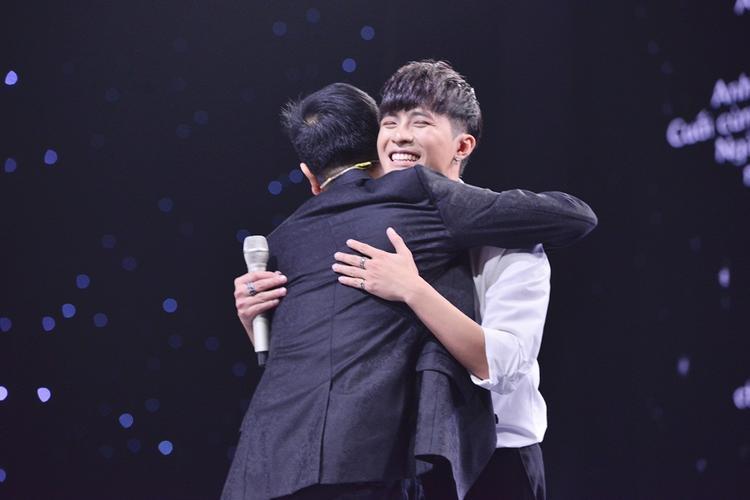 HLV Đức Trí bất ngờ khi Hồ Hoài Anh mê trai đẹp Gin Tuấn Kiệt