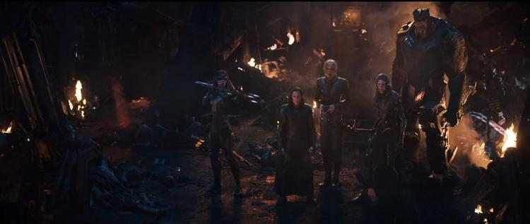 Avengers: Infinity War: Rất có thể Thanos bắt Thor chứng kiến cảnh Loki bị giết