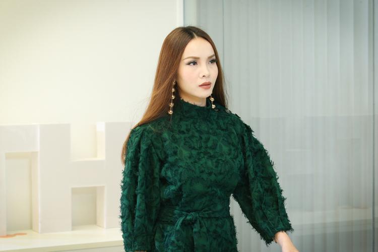 Khánh My (Yến Trang).