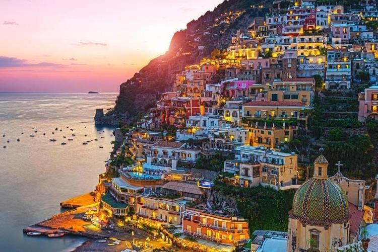 Một số dịch vụ có thể không sử dụng được nếu bạn dùng điện thoại di động tại Ý.