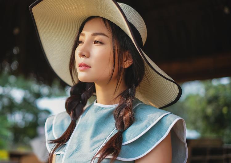 Sau một năm tạm dừng diễn xuất để chăm sóc con trai nhỏ, Khánh Hiền đã sẵn sàng trở lại với màn ảnh.