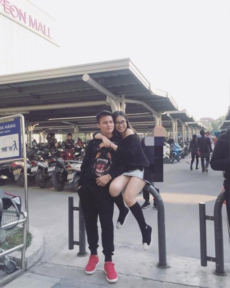 Cặp đôi Quang Hải - Nhật Lê nhận được sự yêu mến của người hâm mộ.
