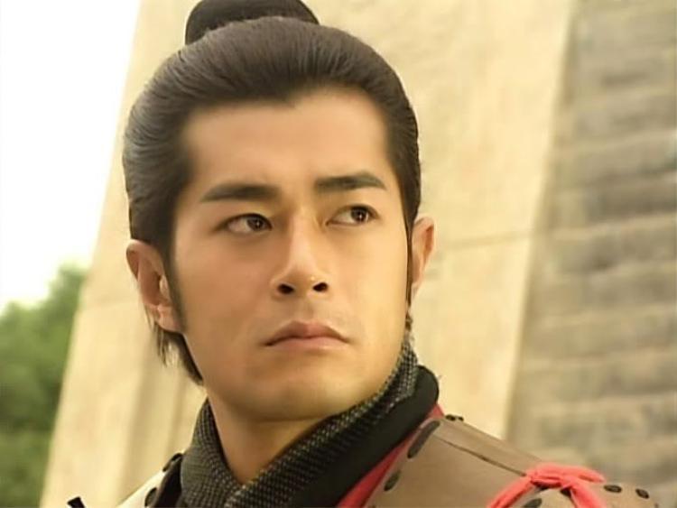 Nhân vật Hạng Thiếu Longdo Cổ Thiên Lạc thể hiện.