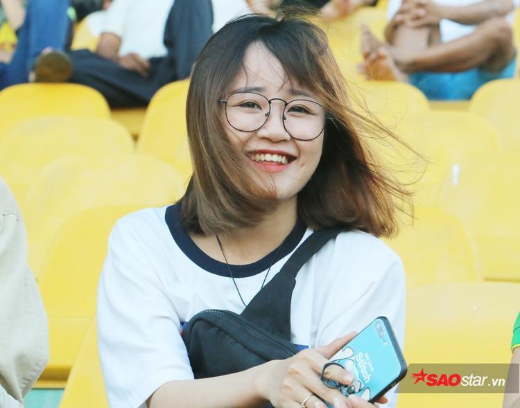 Ngoài Công Phượng, Bích Thảo còn biết thích lối chơi của Văn Đức (SLNA), cầu thủ từng là hiện tượng của U23 Việt Nam ở U23 châu Á 2018.