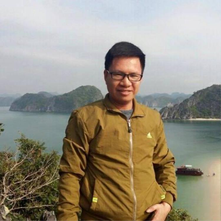 Chân dung thầy giáo trẻ Quang Trúc.