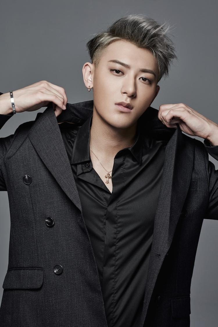 Cựu thành viên EXO Tao chính thức thua kiện SM Entertainment sau 3 năm tranh chấp