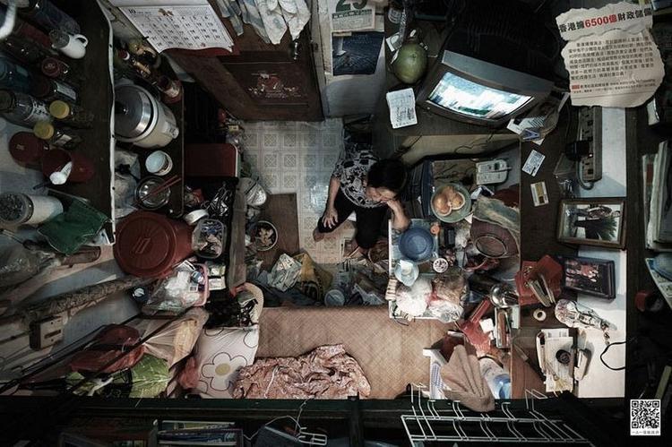 Theo SoCO, hơn 100.000 người dân Hong Kong không có tiền để mua một ngôi đủ rộng rãi để ở.