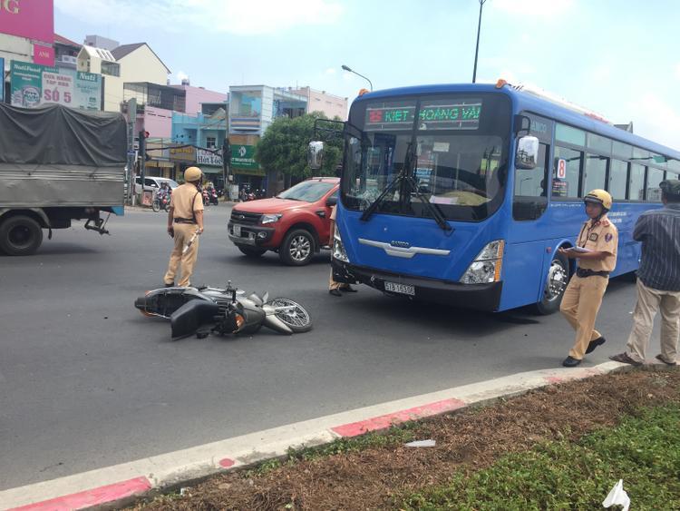 Công an điều tra nguyên nhân vụ tai nạn.