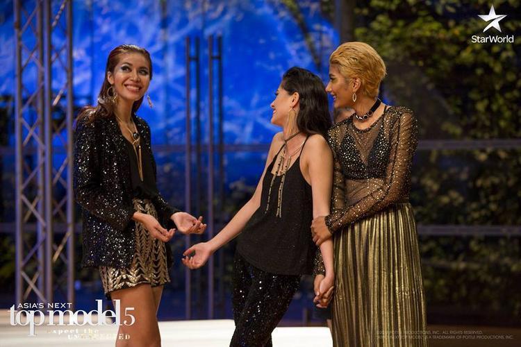 Top 3 chung cuộc mùa thứ 5: Quán quân Maureen (giữa) cùng Minh Tú và Shikin.