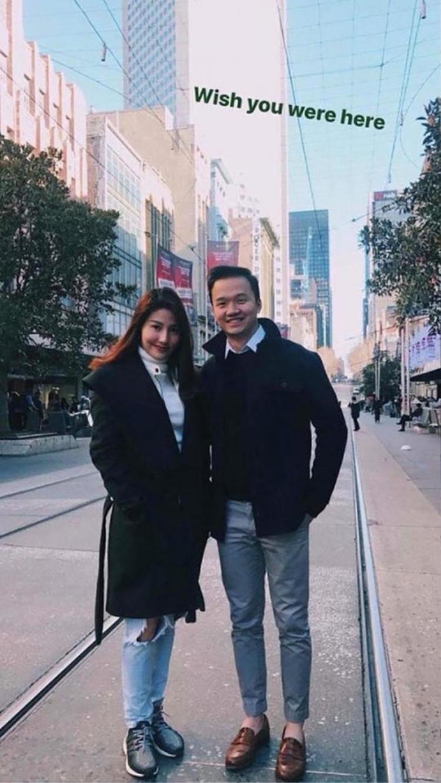 Vinh Nguyễn thường xuyên đăng tải ảnh và lời nhắn ngọt ngào dành cho Diễm My 9X.