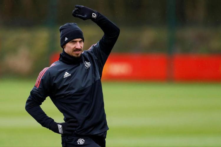 Ibrahimovic sắp gặp họa vì liên quan tới hãng cá cược