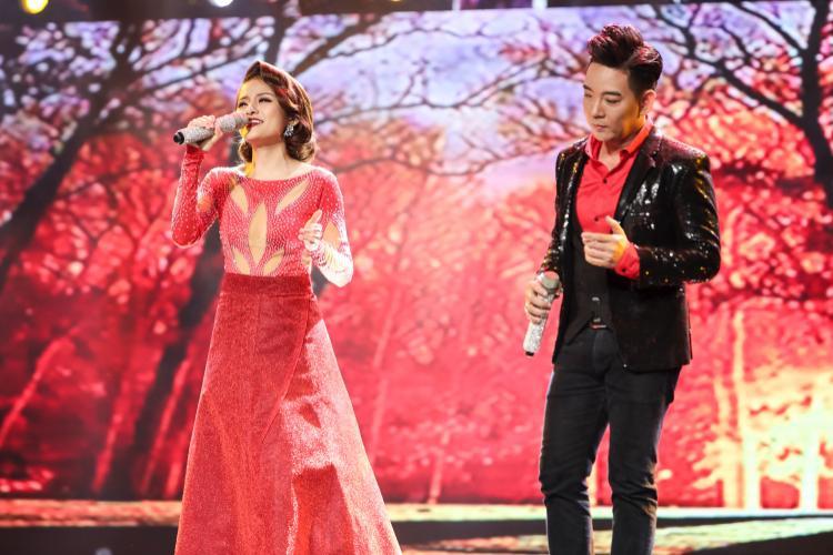 Đoàn Việt Phương  Hà Thu toả sáng trên sân khấu Thần tượng Bolero, đốn tim danh ca Giao Linh