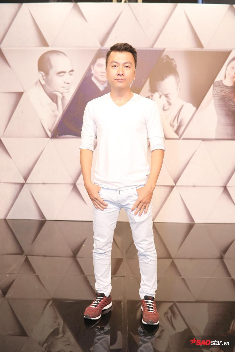 Nguyễn Dân - vị nhạc sĩ có thời gian dài gắn bó lâu dài với nhóm nhạc MTV. Anh hiện là nhà sản xuất âm nhạc với phong cách thiên về pop rock đương đại.