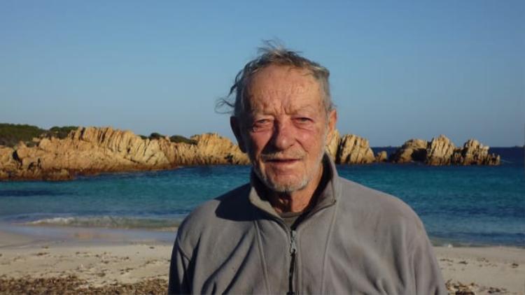 Ông Mauro Morandi đã sống một mình trên đảo suốt gần 3 thập kỷ qua.