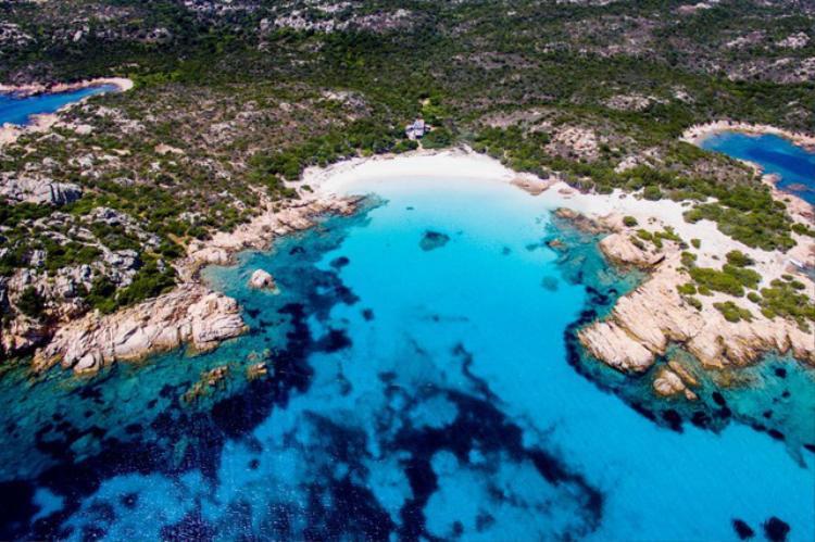 Ông Morandi mong muốn được sống trên hòn đảo xinh đẹp này suốt phần đời còn lại.