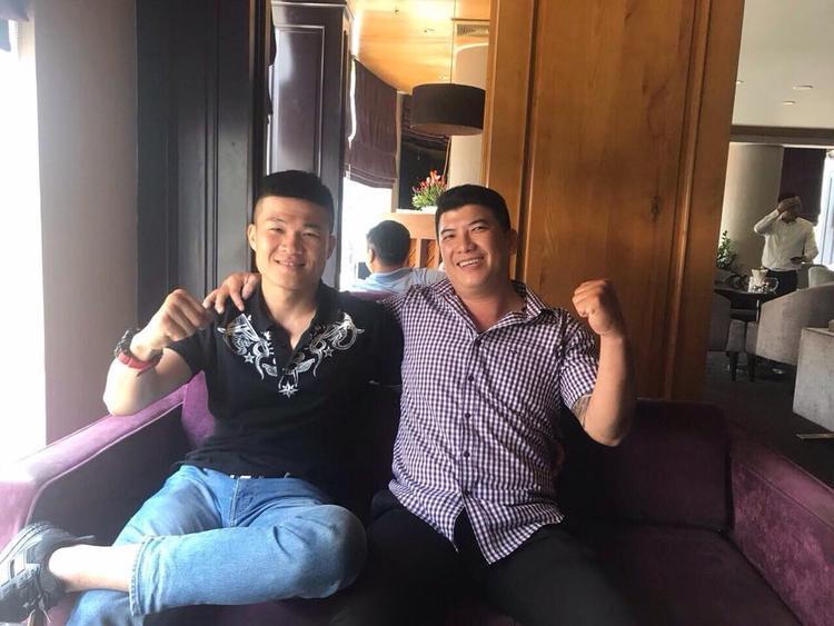 Nam Anh Tuấn và võ sĩ Trương Đình Hoàng đã gặp nhau.