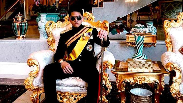 Cuộc sống phong lưu tao nhã bậc nhất của vị hoàng tử 9X nổi tiếng thế giới