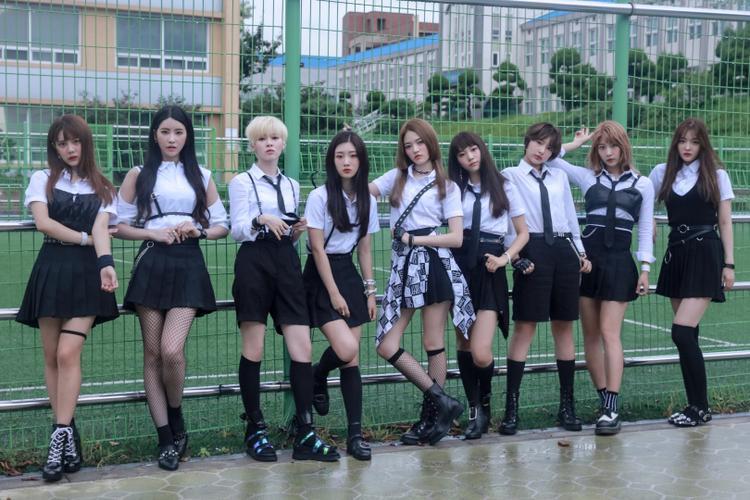 DIA đã ra mắt được 3 năm nhưng vẫn chưa thể bật lên nối tiếp đàn chị T-ara.