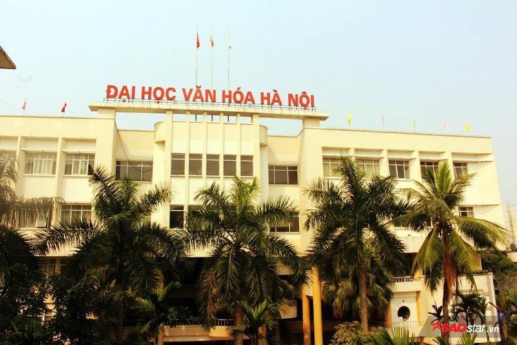 Đại học Văn hóa Hà Nội (418 Đê La Thành) là nơi Hoàng Yến Chibi theo học từ năm 2013.