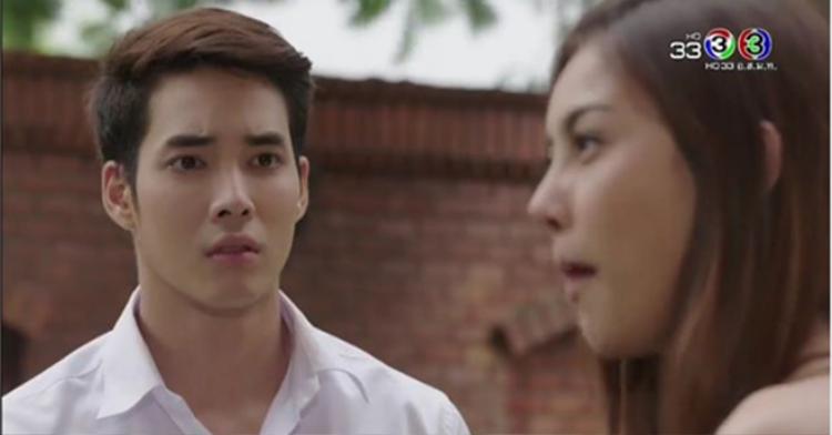 Sự xuất hiện của nam diễn viên có body khủng nhất nhì đài CH3 - Denkhun Ngamnet giúp Đồng tiền ma có một lượng người xem nữ đông đảo.