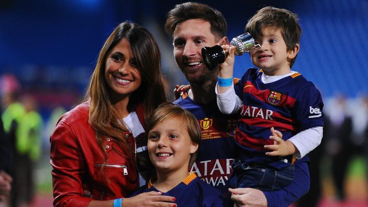 Gia đình hạnh phúc của Antonella Roccuzzo và Messi.