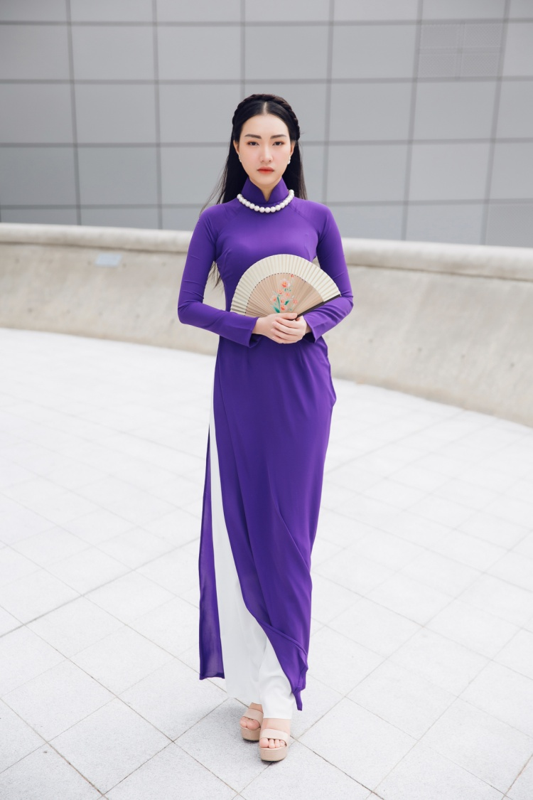 Một vẻ đẹp đậm chất Huế lần đâu tiên xuất hiện tại một Tuần lễ thời trang tầm cỡ quốc tế!