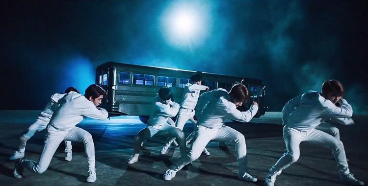 Vừa debut, boygroup mới nhà JYP đã khiến cư dân mạng phát rồ vì quá chất