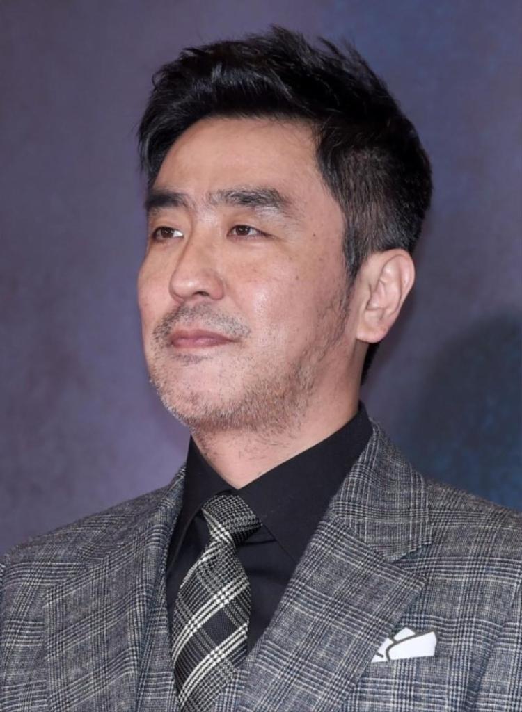 Ryu Seung Ryong.