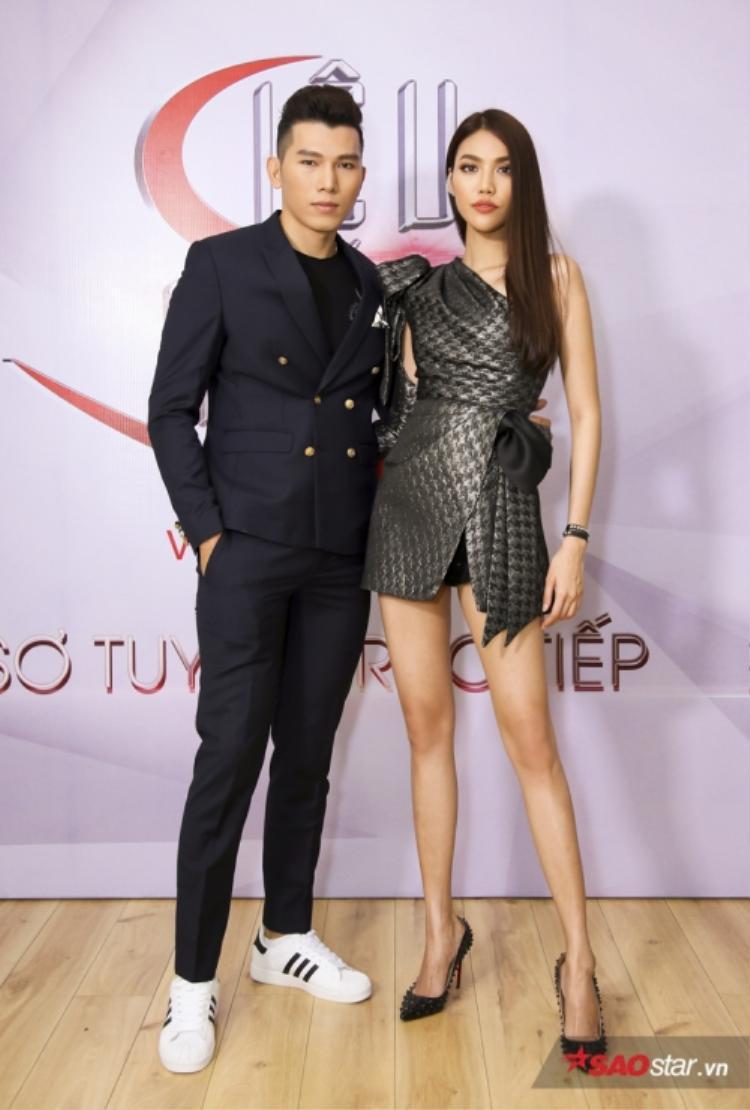 Siêu mẫu Ngọc Tình và Lan Khuê đảm nhận vai trò giám khảo buổi casting khu vực phía Nam.