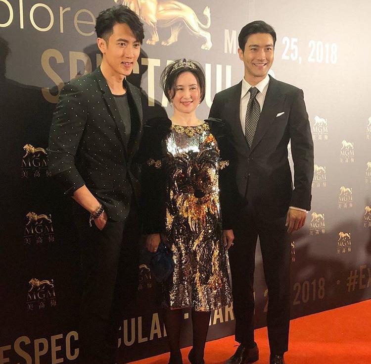 2 nam thần chụp chung với nữ doanh nhânPansy Ho.