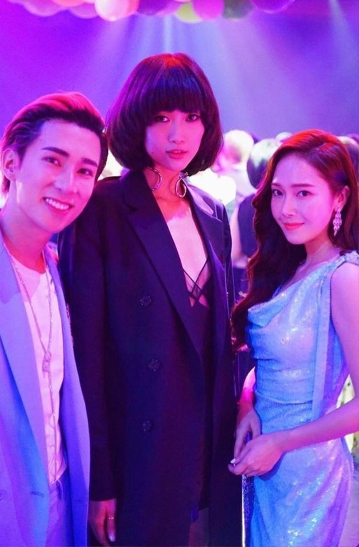 Tianyo Ma và Angie Ng.