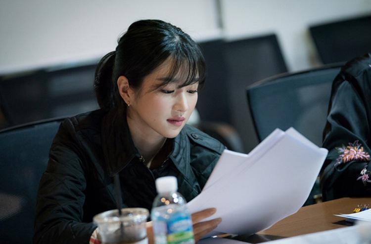 Seo Ye Ji để lại dấu ấn trong Hwarang và Save Me.
