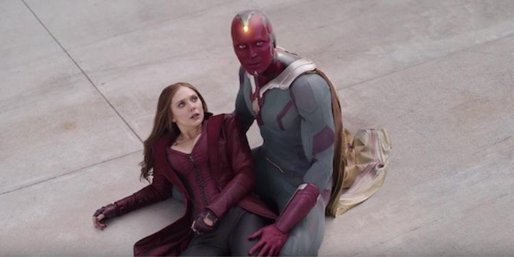 Vision và Scarlet Witch tình chàng ý thiếp mặc mưa gió bão bùng trong Avengers: Infinity War
