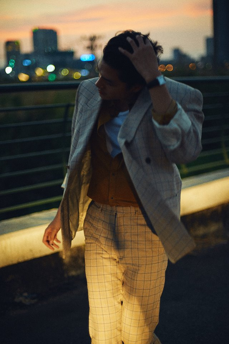 Quang Đại tái xuất với bộ ảnh đậm chất phim, đẹp trai như tài tử TVB