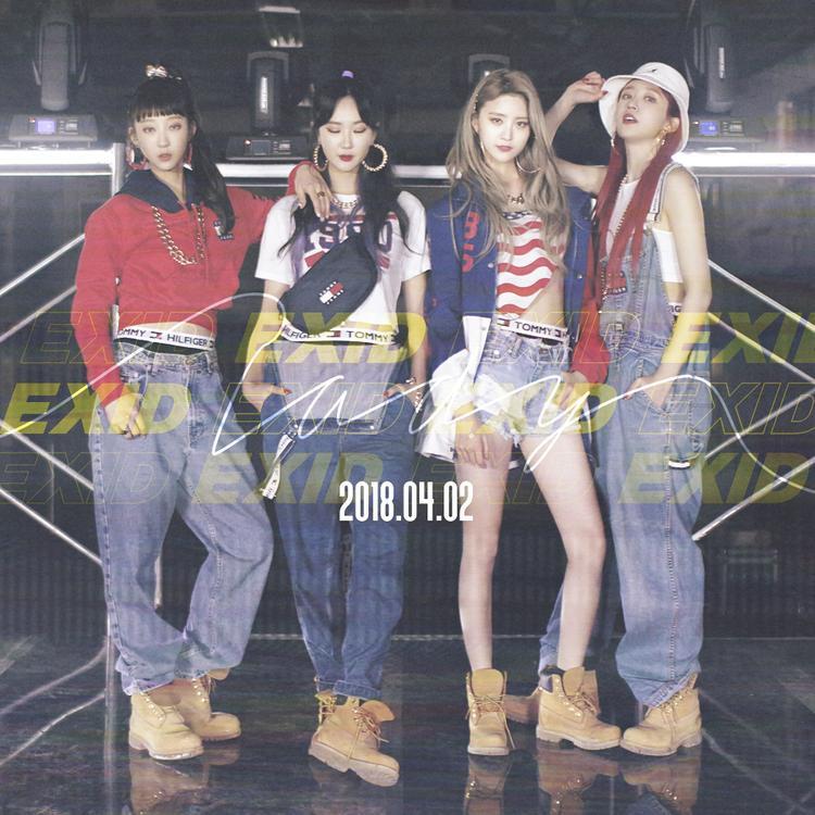 Trở lại lần này, EXID lựa chọn concept đậm chất thập niên 90, từ trang phục, hình ảnh cho đến dòng nhạc.