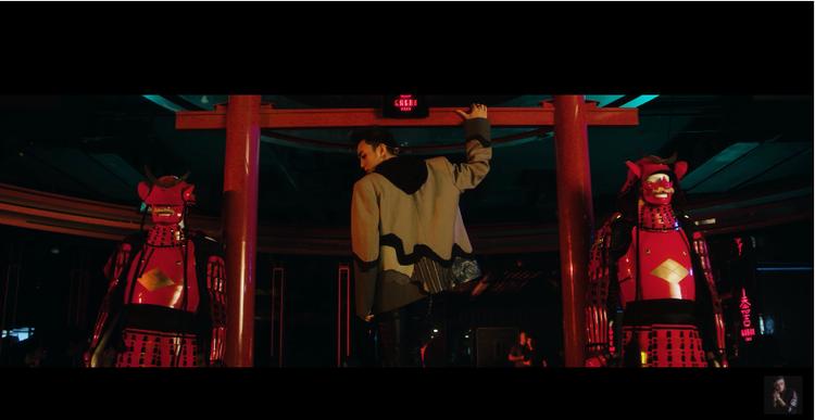 """…Soobin Hoàng Sơn """"đốn gục"""" fan ngay trong những giây đầu tiên của teaser."""