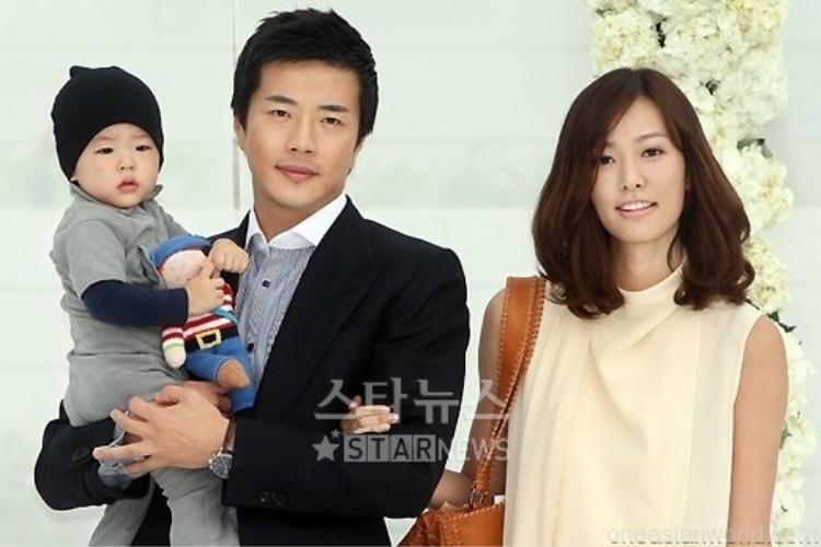 Cuối cùng cũng đến lượt: Nữ hoàng nước mắt Choi Ji Woo bỏ cuộc chơi!
