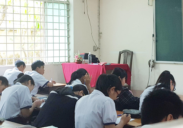Học sinh lớp 11A1 trong giờ học. Ảnh: Minh Nhật/ Zing.